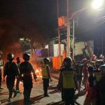 Anggota Kelompok Perguruan Silat Bentrok dengan Keamanan Ruko Buntaran Surabaya